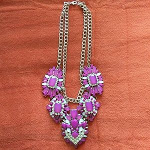 Jewelry - Large statement necklace